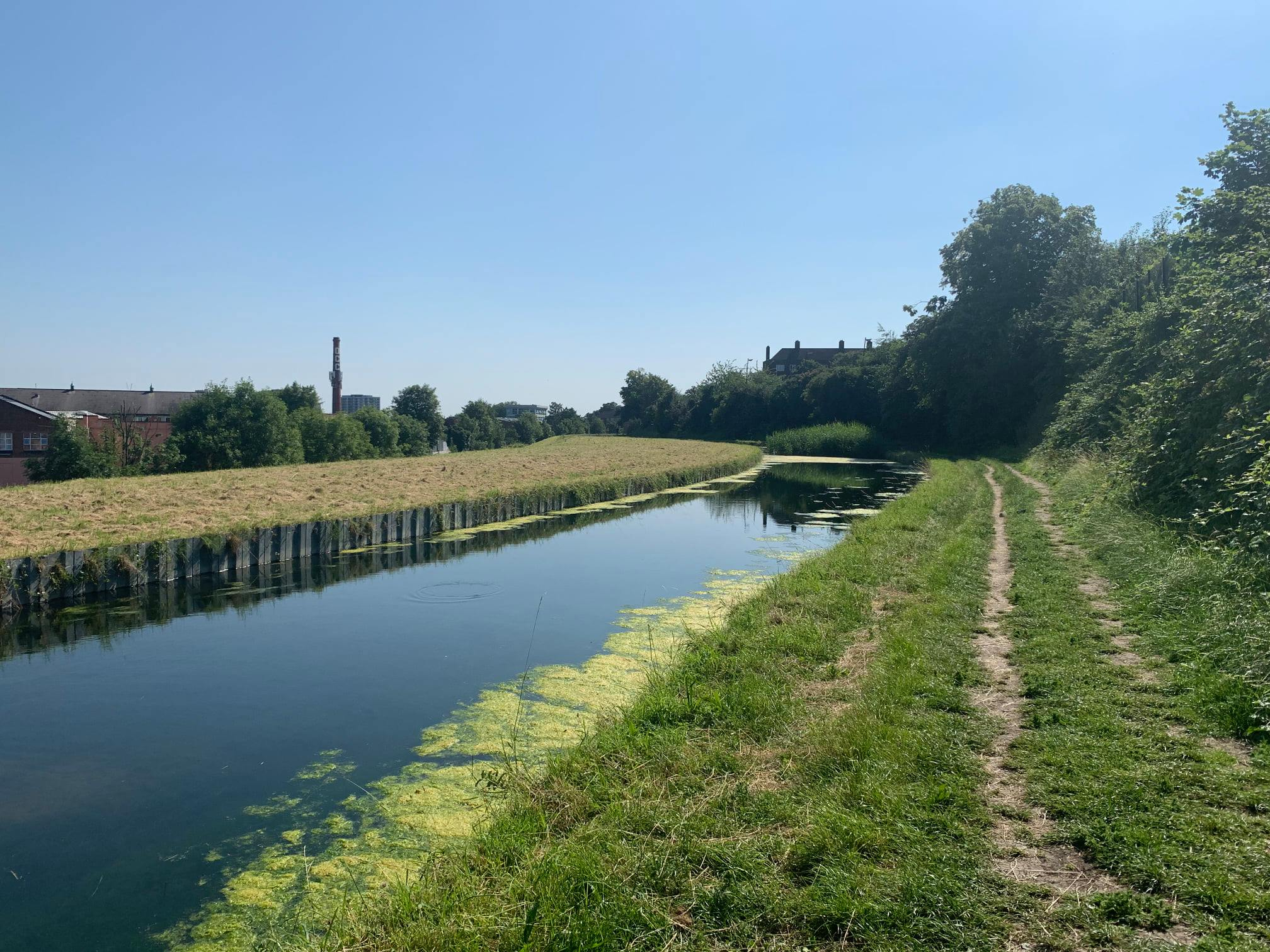 The New River Canal, north London
